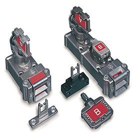 TRAPPED KEY INTERLOCK SWITCH SLAMLOCK STANDARD KEY CODE product photo