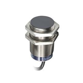 INDUCTIVE SENSOR XS6 M30 L62MM SN15MM 12-48VDC CABLE 2M product photo